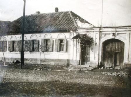 Дом во Владикавказе, в котором жил М.Камбердиев.