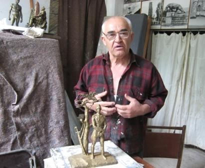 Памятник блистательному поэту и герою русско-японской войны 1905 г. Блашка ГУРЖИБЕКОВУ ждет своего часа и места.