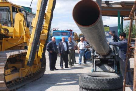Все трубы и вся техника проходят через Алагирскую базу «Стройпрогресса».