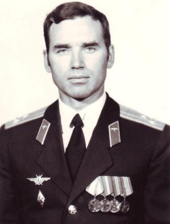 Погоны полковника полагалось запечатлеть на фото. Цхинвал, май 1991 г.