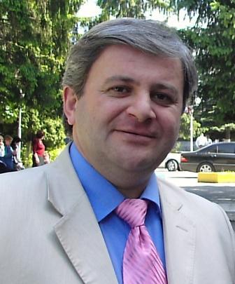 Вячеслав ГОБОЗОВ: «В Южной Осетии власть должна быть поставлена под контроль общества»