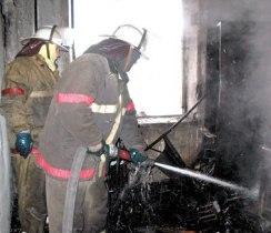 В Моздоке в результате пожара хозяин квартиры отравился угарным газом