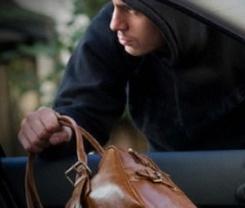 Милиционеры вернули украденное учительнице из Ардона