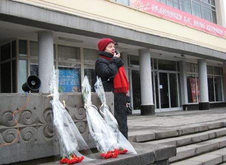 """Лариса Остаева: """"Мы боролись не за такую свободу""""."""