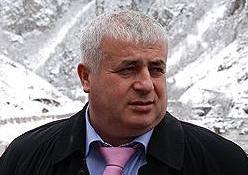 Альберт ДЖУССОЕВ призвал народ Южной Осетии поддержать требование об отставке Кокойты