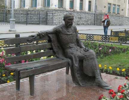Владимир СОСКИЕВ намерен превратить центр Владикавказа в музей скульптуры