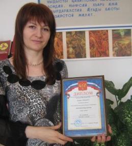 Анжелика ЕЛОЕВА: «В нашем доме установлено: с детьми говорить только по-осетински»