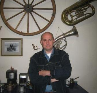Алан КАЛМАНОВ: «Живопись должна побуждать к размышлению»
