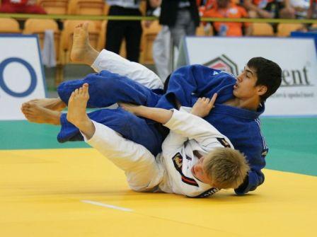 Олег АБАЕВ нацелился теперь на звание чемпиона Европы