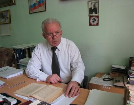 Людвиг ЧИБИРОВ: «В научной работе меня очень поддерживают близкие»