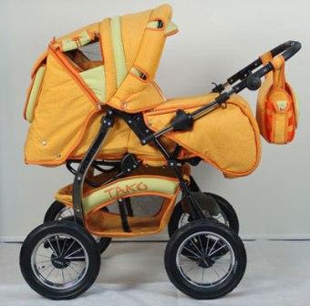 Женщина украла в поликлинике детскую коляску