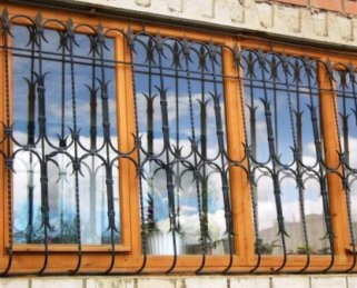 Преступники похитили ночью из дома жительницы Владикавказа деньги и золото