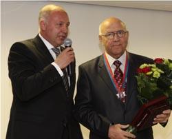 Казбеку КАРГИНОВУ вручен диплом почетного гражданина Норильска