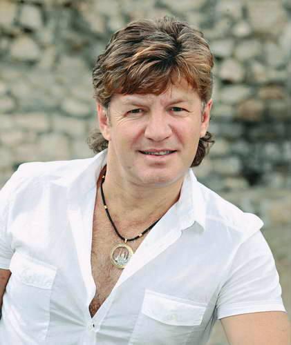 Феликс ЦАРИКАТИ: «Москвичи меня любят, потому что я не обманываю»