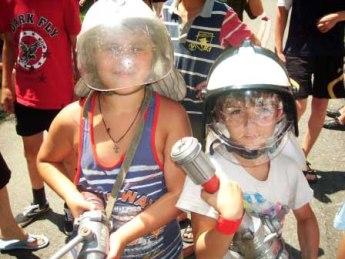 Теперь эти дети не допустят пожара