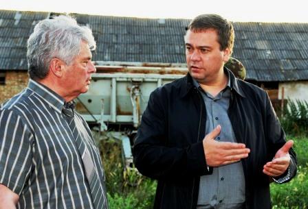 В Цхинвальском районе Вадим БРОВЦЕВ поддержал практику восстановительных работ собственными силами и активность фермеров