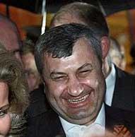 Южная Осетия строится перед Дмитрием Медведевым