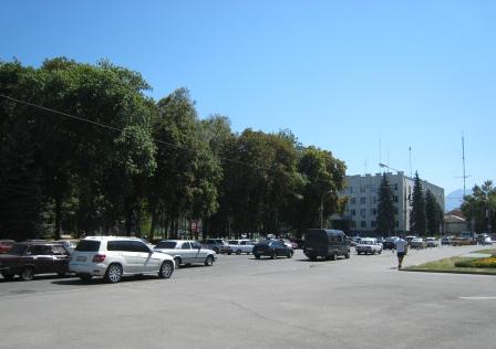 Центр Владикавказа с Пушкинским сквером сегодня.