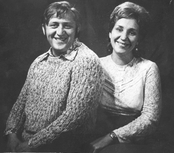 С женой Натальей.