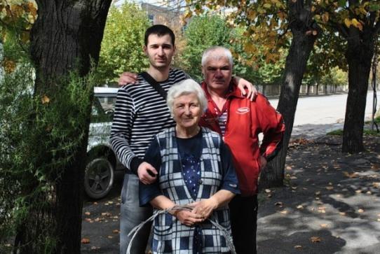 Ну, и напоследок: Я, Бабушка и Папа.