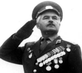 Мурат ЛЕКОВ: «В танке на войне – это же не на иномарке по проспекту ездить»…