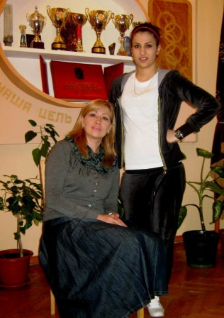 К большим победам в спорте ведет только союз единомышленников. Ирина КЕСАЕВ и Майя ГУЧМАЗОВА.