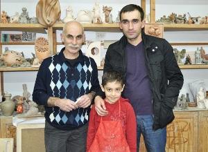 Олег Зокоев с сыном и учеником Георгием Кокаевым.