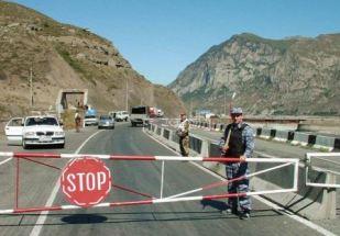 Желание подзаработать на пассажирах автобуса Волгоград – Ереван обернулось для стражей порядка Северной Осетии уголовными делами