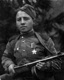 Первый орден Славы.