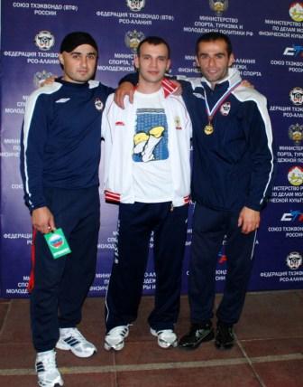 Слева направо: Асланбек ДЗИТИЕВ, Хетаг ПЛИЕВ, Алан АКОЕВ – лучшие друзья.