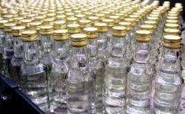 Во Владикавказе задержан грузовой «Мерседес» жителя Дагестана, перевозившего 12 тысяч бутылок водки без документов