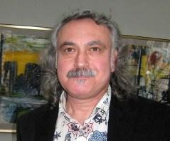 Художник Юрий АБИСАЛОВ открыл во Владикавказе «окно» в Париж