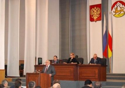 На старый Новый год Мамсуров поздравил жителей Северной Осетии посланием