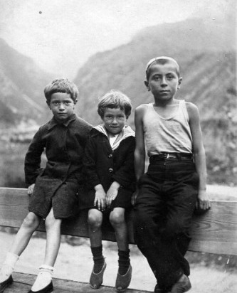 Детство в горах.