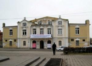 Михаил БУЛГАКОВ породнился с театром во Владикавказе