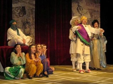 Как и 90 лет назад, на сцене Владикавказа царствует Булгаков