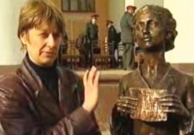 Светлана ФАРНИЕВА: «Художнику нужно творить не только для себя, а ставить памятники и слушать критику»