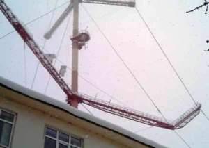 Во Владикавказе  из-за угрозы обрушения телемачты ГТРК «Алания» прекратила вещание