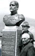 Памятник А.Тебиеву.