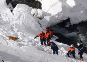 Операция по эвакуации тела погибшей в горах Северной Осетии туристки завершена
