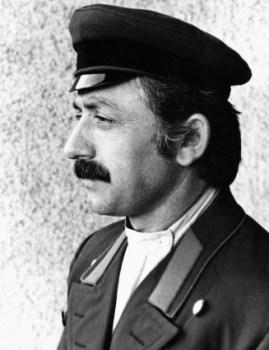 В роли революционера в фильме «Буйный Терек».
