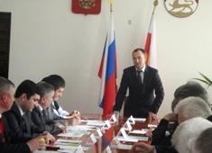 Анатолий ПОЛЯКОВ: «Основой благополучия района может стать производство экологически чистых продуктов»