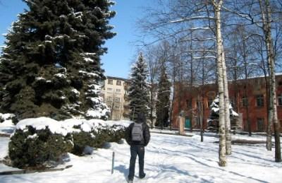 Владикавказ завалило мартовским снегом
