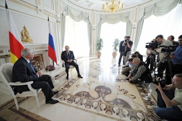 России пора внести существенные коррективы в югоосетинское направление