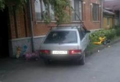 Во Владикавказе подростки на автомобиле сбили двух малышей