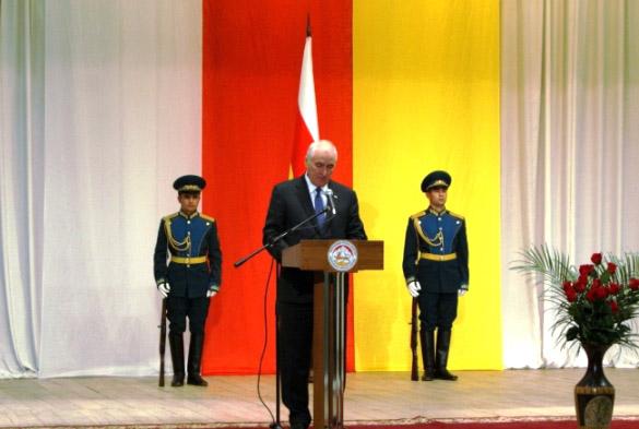 Леонид ТИБИЛОВ: «Россия дала нашему народу торжество исторической справедливости»