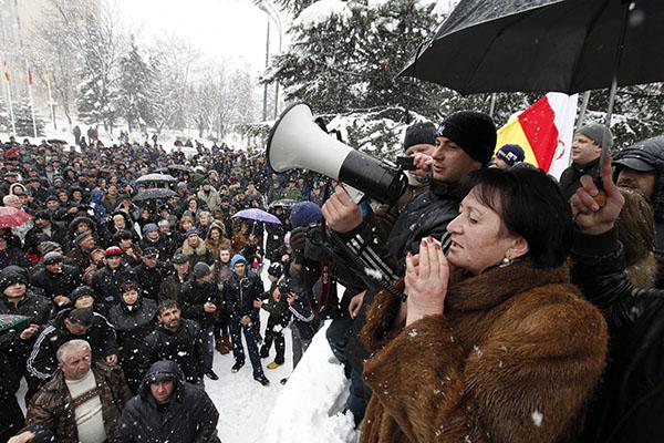 Алла ДЖИОЕВА: «Слава Богу, что президент Южной Осетии – не я»