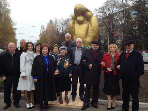 Во Владикавказе появился памятник «Сердце матери»