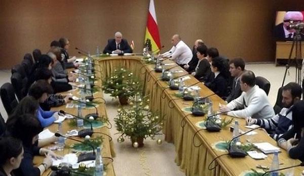Леонид ТИБИЛОВ: «2013 год станет переломным в развитии социально-экономической жизни страны»