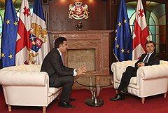 Президент и премьер Грузии разошлись еще дальше